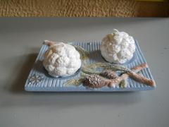 Candela 2 Ghiande  su piattino  ceramico