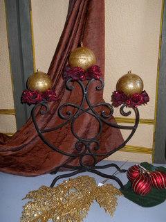 Candeliere H 38  in ferro batturo  3 luci
