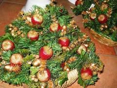 Pick Mela glitterata con pino
