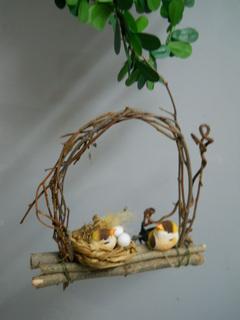 Uccellini su dondolo con nido Conf. x 6