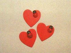 Cuori legno x 50 con coccinella Articolo per San Valentino - Sconti per Fioristi e Aziende