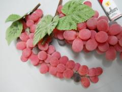 Uva Rossa Frosted   lunga cm. 30 con 90 acini