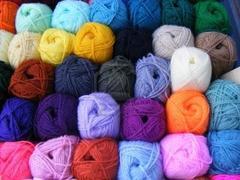 Gomitolo di Lana gr. 100  in vari colori