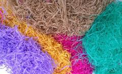 Paglietta in carta colorata  sacco Kg.1 per colore - Sconti per Fioristi e Aziende