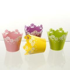 Vaso fiorito dm. 15 in latta traforata in 4 colori