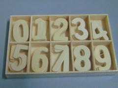 Numeri in legno  alti cm. 4