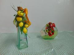 Bottiglie decorate  in vetro in due modelli