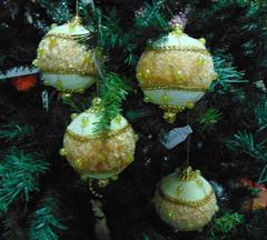 Palline di Natale x 4  Ø 80  in Velluto avorio - Sconti per Fioristi e Aziende