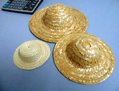 Cappellini in paglia