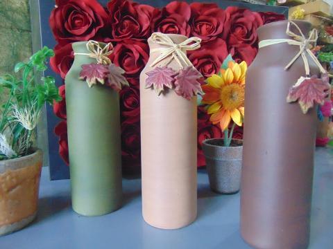Vaso a Bottiglia H 23 in ceramica - Sconti per Fioristi e Aziende