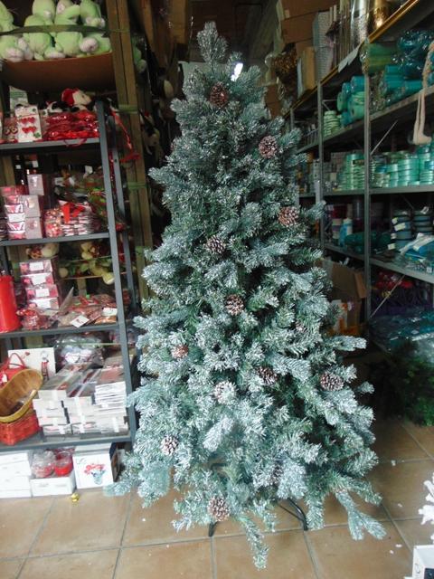 Albero Natale H 150 Vesuviano  con 680 rami