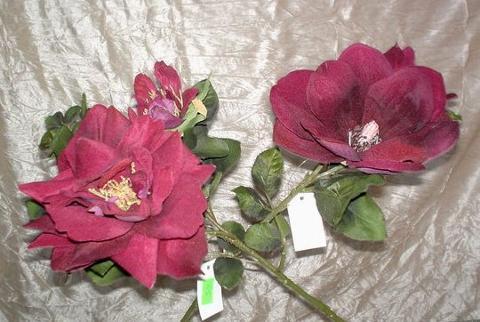 Magnolia & Rose x 2  in Velluto Bordeaux - Sconti per Fioristi e Aziende
