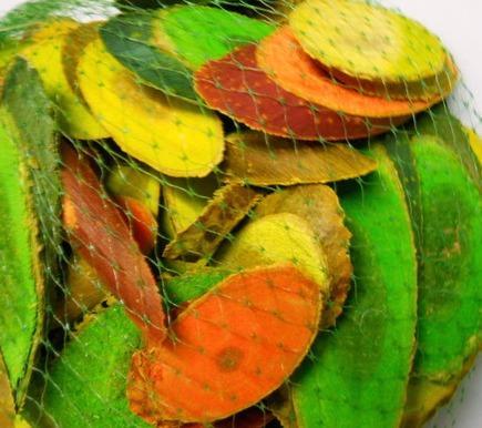 Legni tagliati e colorati misti da gr. 500 - Sconti per Fioristi e Aziende