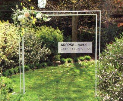 Arco sposi H 230 x 230 Quadrato in ferro Bianco - Sconti per Fioristi e Aziende