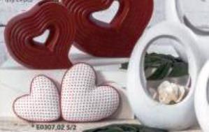 Cuori misti conf. 4 pz Bianco e Rosso da cm.15 a cm.12 Articolo per San Valentino - Sconti per Fioristi e Aziende