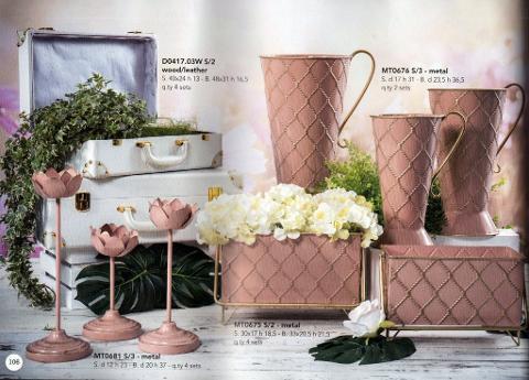 Brocche - Fiorere - Candelabri in metallo rosa decorati oro