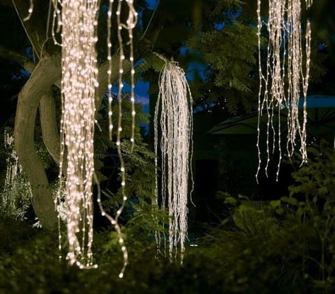 Cascata 680 Luci Led per esterno luce calda e fredda - Sconti per Fioristi e Aziende