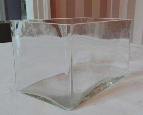 Vaso  Rettangolare in Vetro cm. 30 x 20 H15 vaschetta