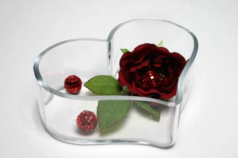 Ciotola Cuore in vetro H 10 dm. 25 Articolo per San Valentino - Sconti per Fioristi e Aziende