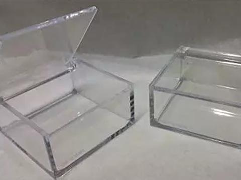 Scatole plexiglass cm.5x5 e 6x6 Made in Italy prodotto per uso alimentare certificato per fioristi, wedding e Bomboniere