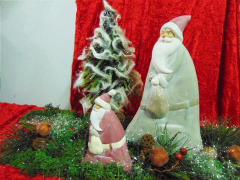 Babbo Natale Ceramica  alti cm.16/24/30 - Sconti per Fioristi e Aziende