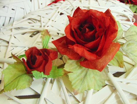 Rosa Rossa x 2  in velure - Sconti per Fioristi e Aziende