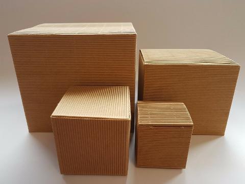 Scatola per bomboniera pieghevole H 15 cm. 17 x 17 - Sconti per Fioristi, e Aziende