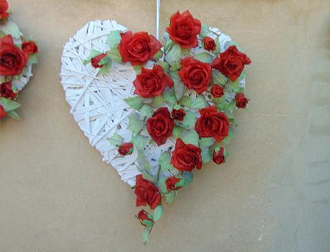 Roseto cuore  H 60 - Sconti per Fioristi e Aziende