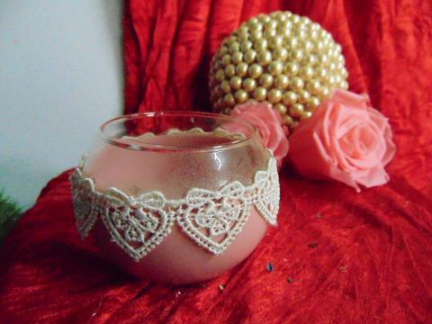 Sfera in vetro dm. 8 colorata con merletto - Sconti per Fioristi e Aziende