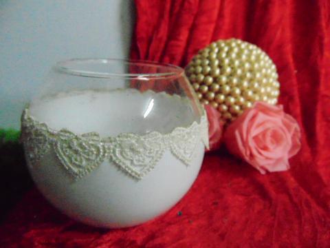 Sfera in vetro dm. 10 colorata con merletto - Sconti per Fioristi e Aziende
