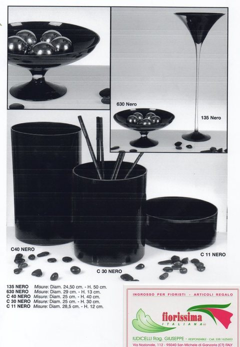 Vasi in vetro colorato in 5 modelli per fioristi e wedding
