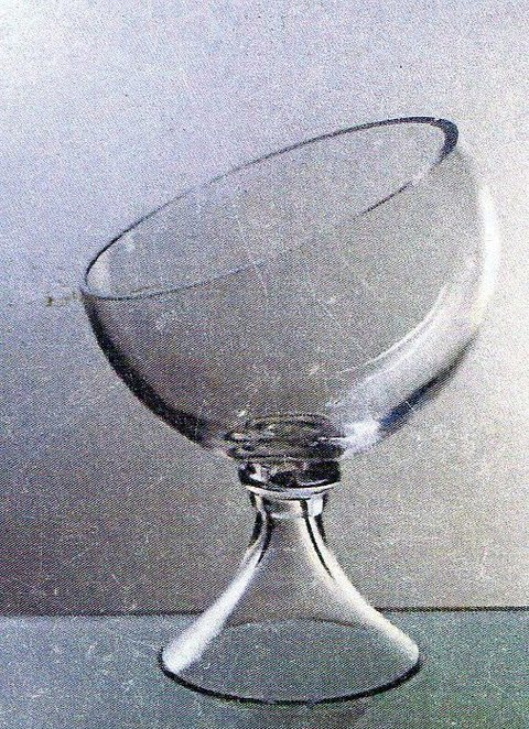 Coppa sferica  in vetro  H 35