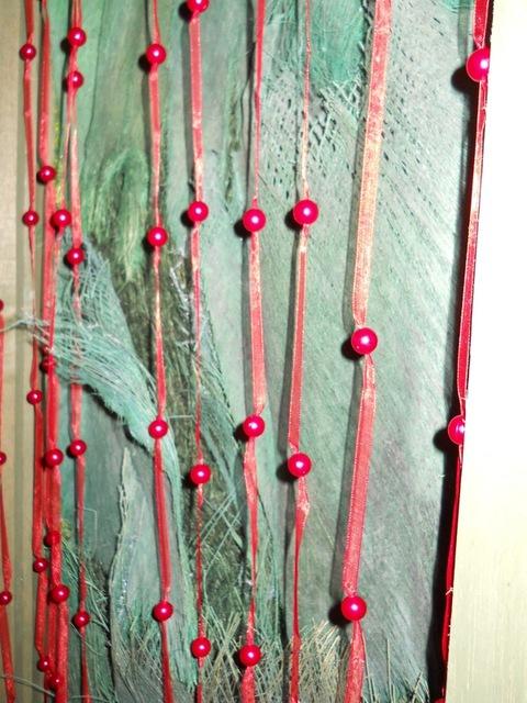 Tenda rossa  con perle  H 250 x 90