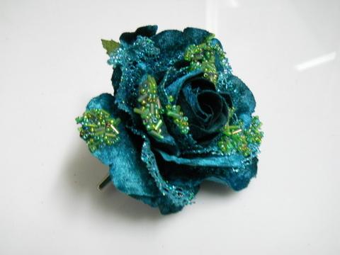 Rosa velluto turchese con clip e strass - Sconti per Fioristi e Aziende