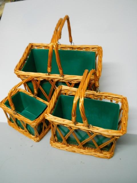 Cesti rettangolari x 3 in vimini  con latta colorata - Sconti per Fioristi e Aziende