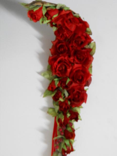 Capina di Cocco con rose rosse H 60/80 - Sconti per Fioristi e Aziende