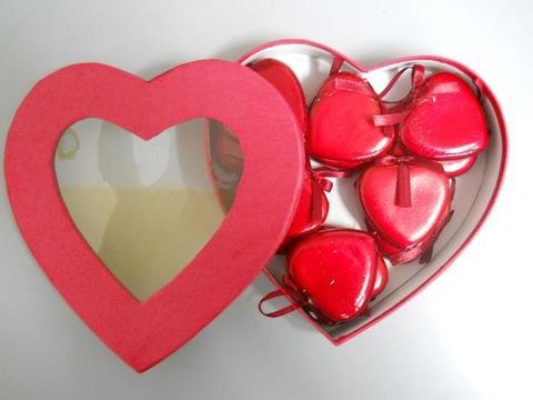 Scatola Cuore con cuori laccati in 2 misure Articolo per S. Valentino - Sconti per Fioristi e Aziende