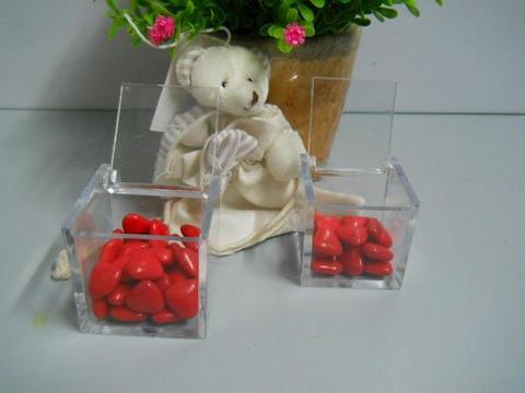 Cubetto plexiglass per bomboniera  importato in 3 misure per fioristi e wedding