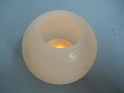 Candela sferica in cera con LED