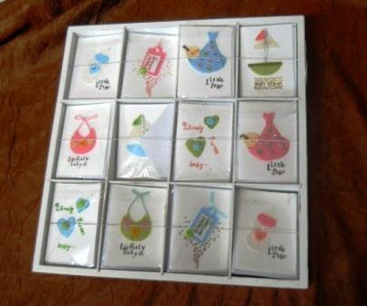 Espositore 120 Bigliettini Baby decorati e imbustati - Sconti per Fioristi e Aziende