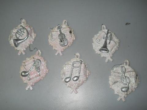 Medaglione musicale x 6 bianco cm. 9