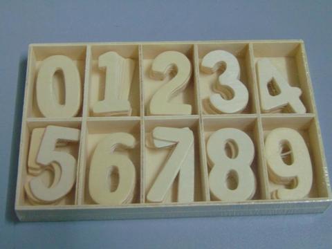 Numeri in legno H 4cm.  da 50 numeri - Sconti per Fioristi e Aziende