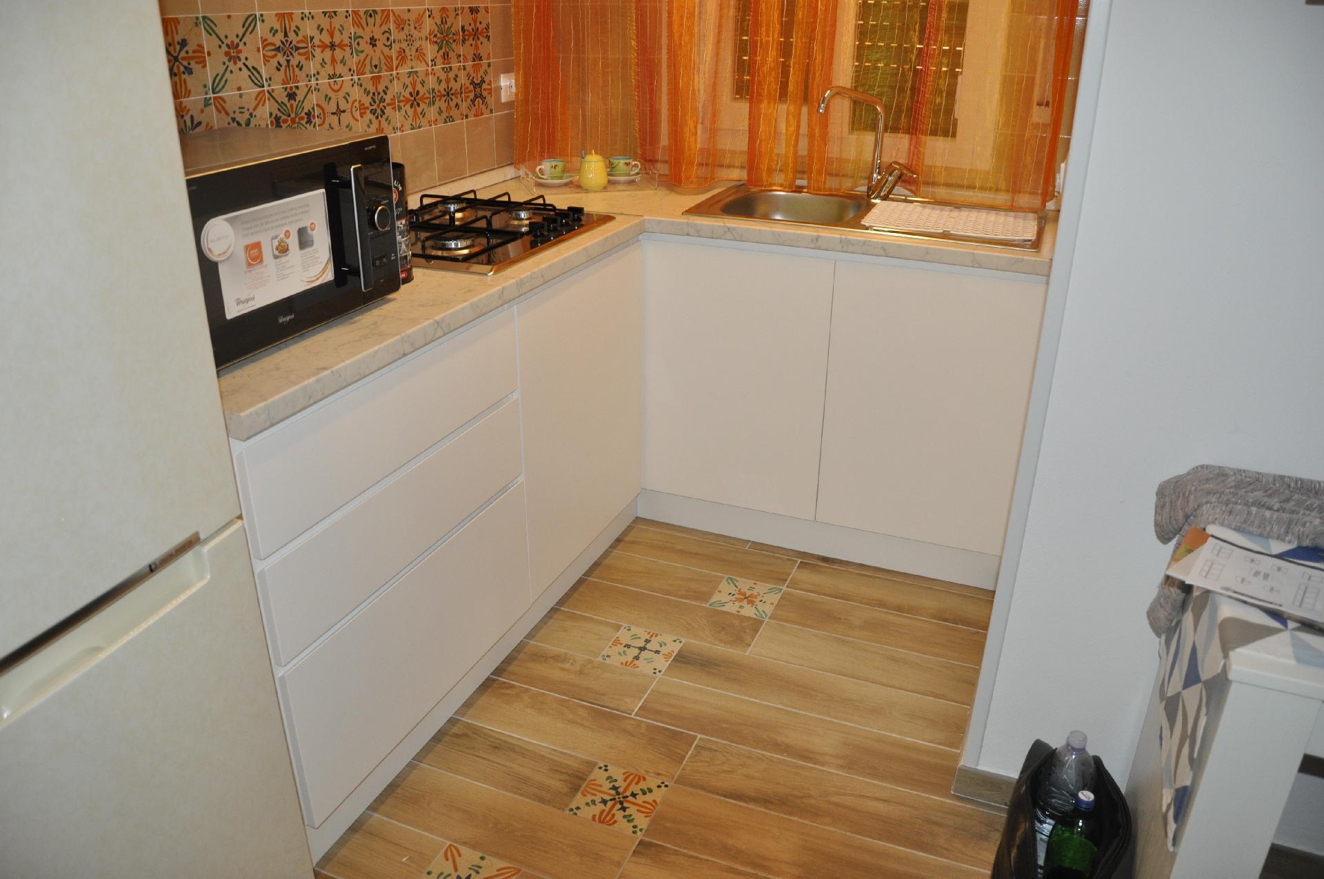Cucina Componibile Laccata : Cucina componibile laccata camporeale palermo