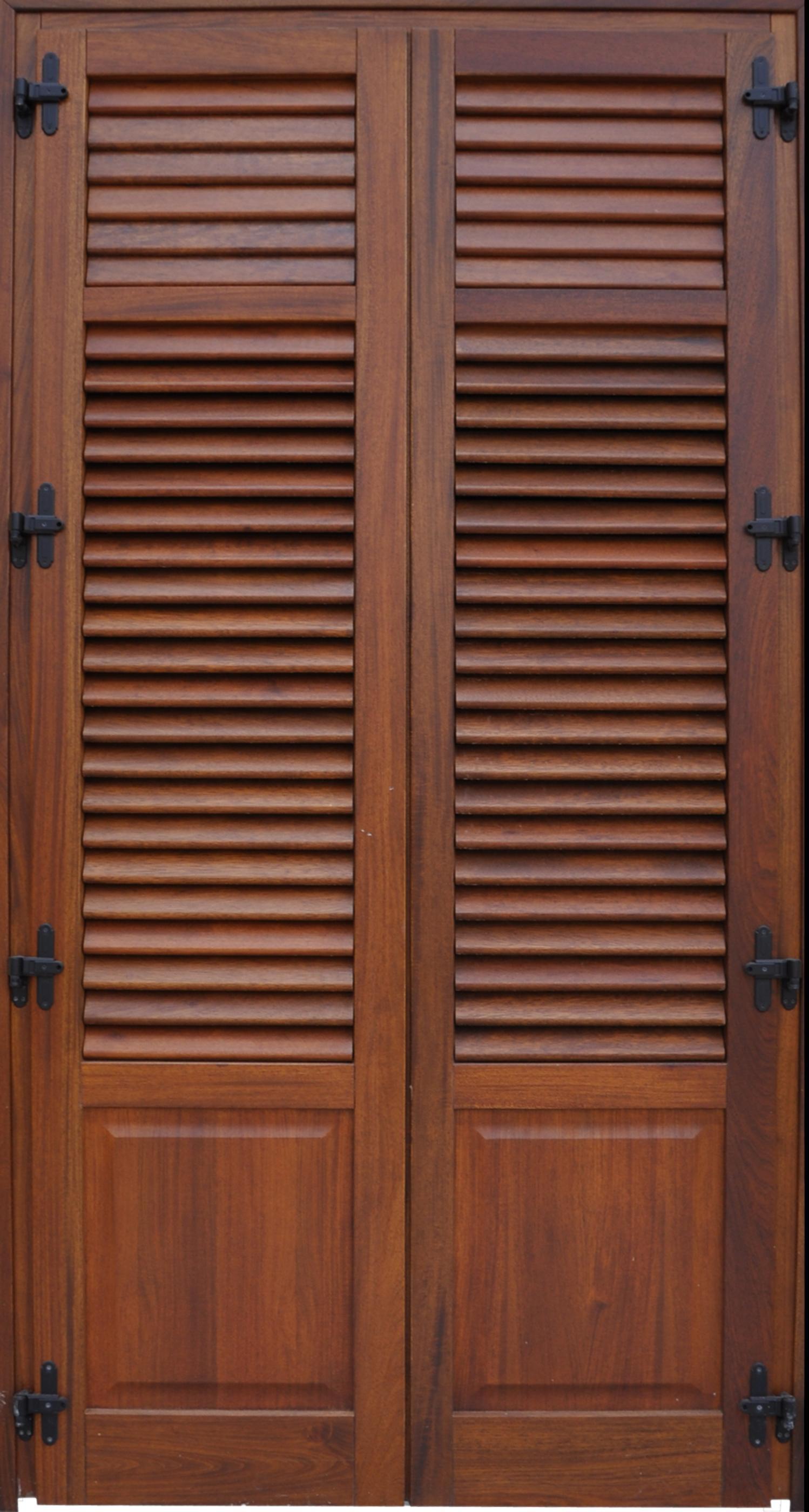 Infissi in legno vetrata e persiana modello b2vp bi l for Infissi pvc legno