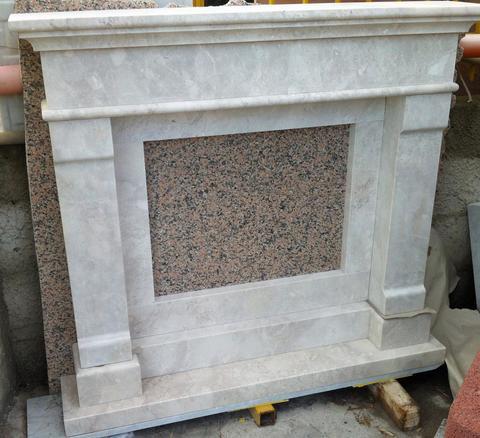 Camino moderno in marmo/pietra