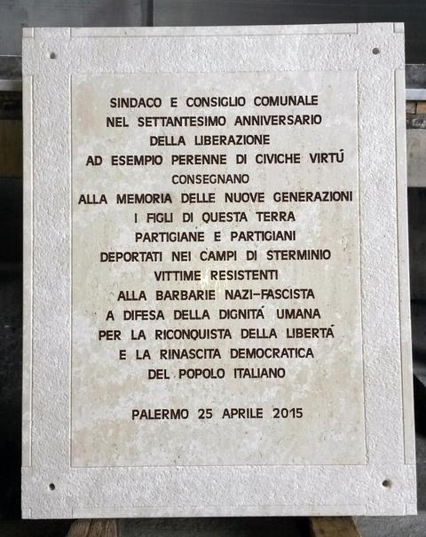 Lapide Commemorative  Lapidi funerarie