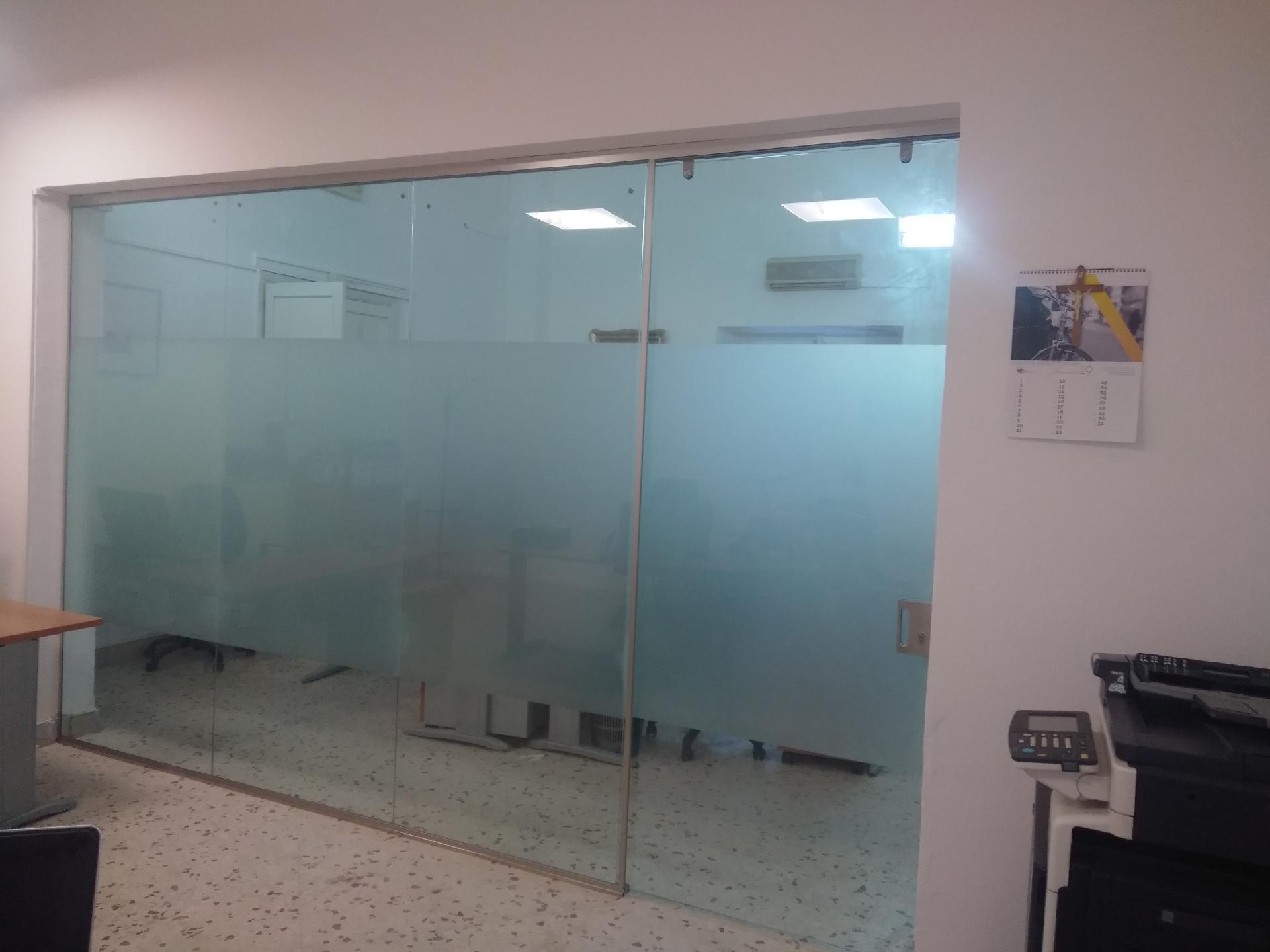 Parete Divisoria Con Porta Scorrevole pareti divisorie in vetro - lavori realizzati - bagheria