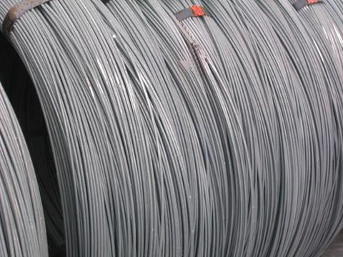 Fili in zinco e zinco-alluminio per vigneti