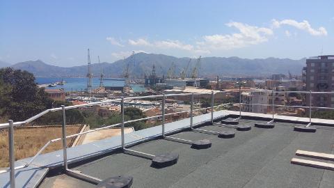 Basamenti  Strutture metalliche zincate per basamenti realizzati presso Università degli studi Palermo