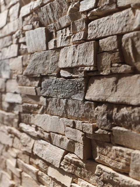 Applicazioni pareti/rivestimenti in finta pietra (poliuretano espanso)